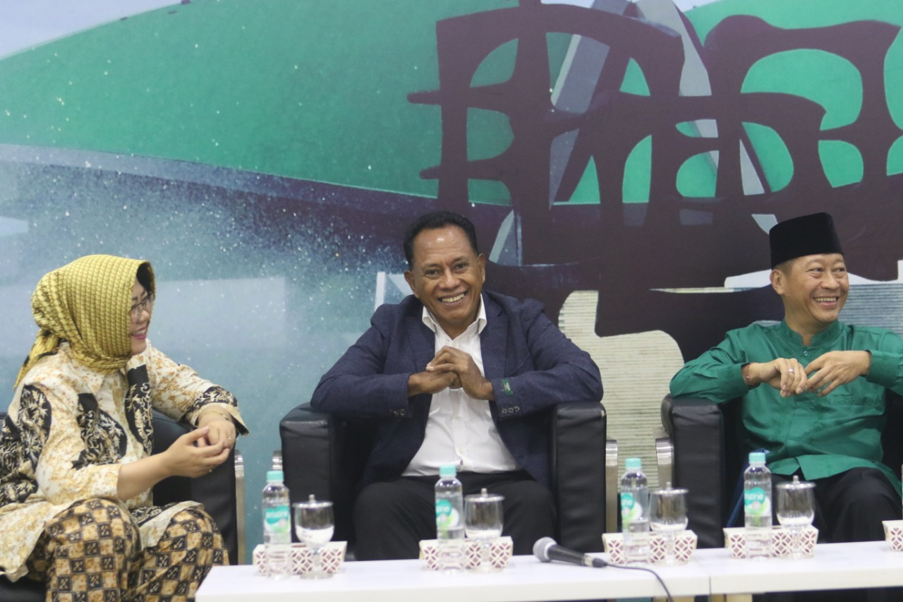 Diskusi Dialektika Demokrasi