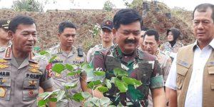 PDIP Minta Anggota Polri dan TNI di Papua Ditertibkan!